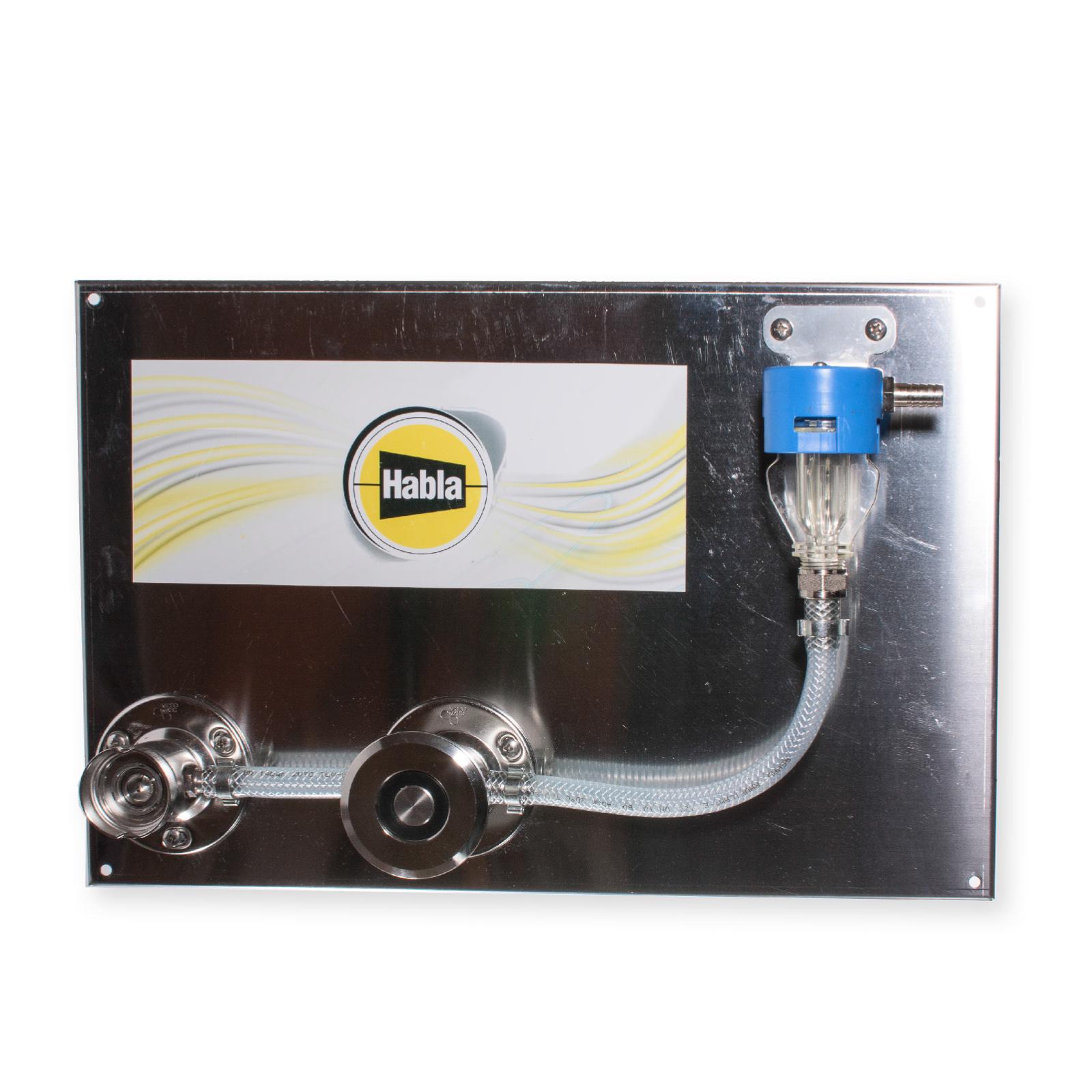 Ventil pro sanitaci domácích výčepů s jednou mycí hlavou
